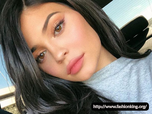 Kylie Jenner Posts Tutorial for Winged Eye Makeup Using Her Kourt x Kylie Collab